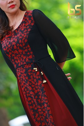 Đầm hoa nhí đỏ phối đen + đỏ