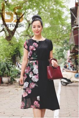 Đầm hoa hồng phối dập nhăn đen Hàn Quốc